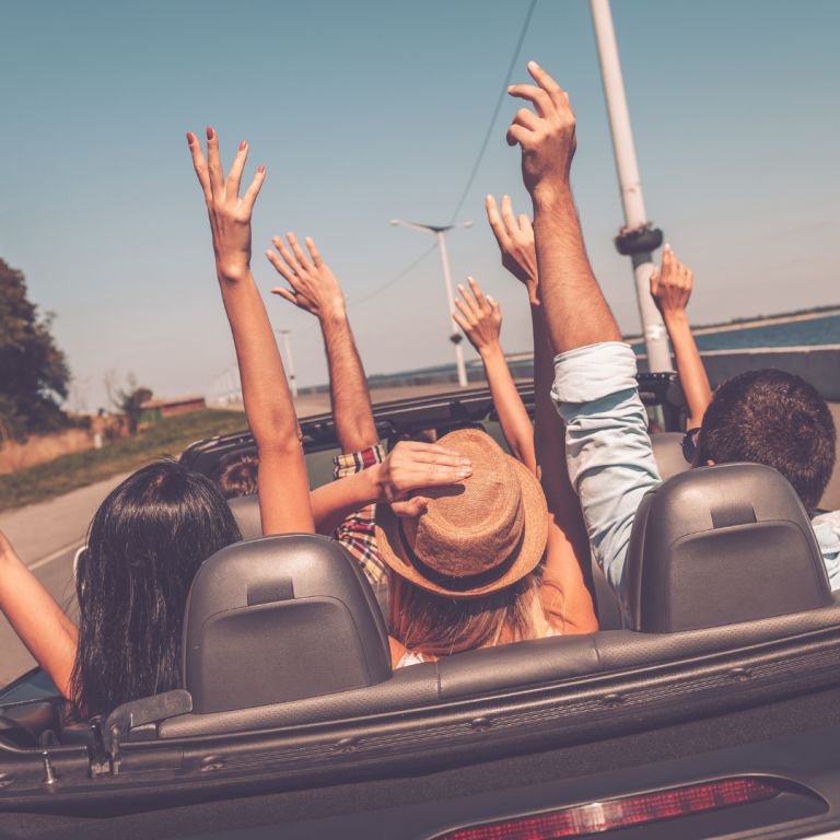Read more about the article Best Cars for Road Trips