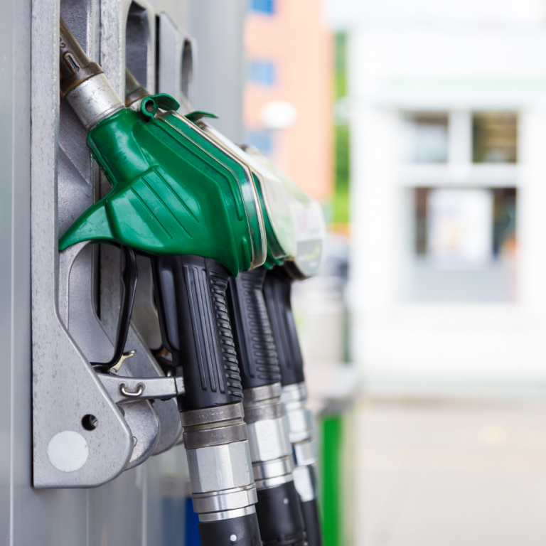Read more about the article What Are the Signs of a Bad Fuel Pump?